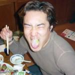近藤さんのこの顔のお題は、メタル。