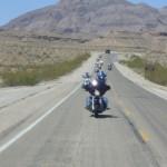 この日の気温40°砂漠の中を走ります。